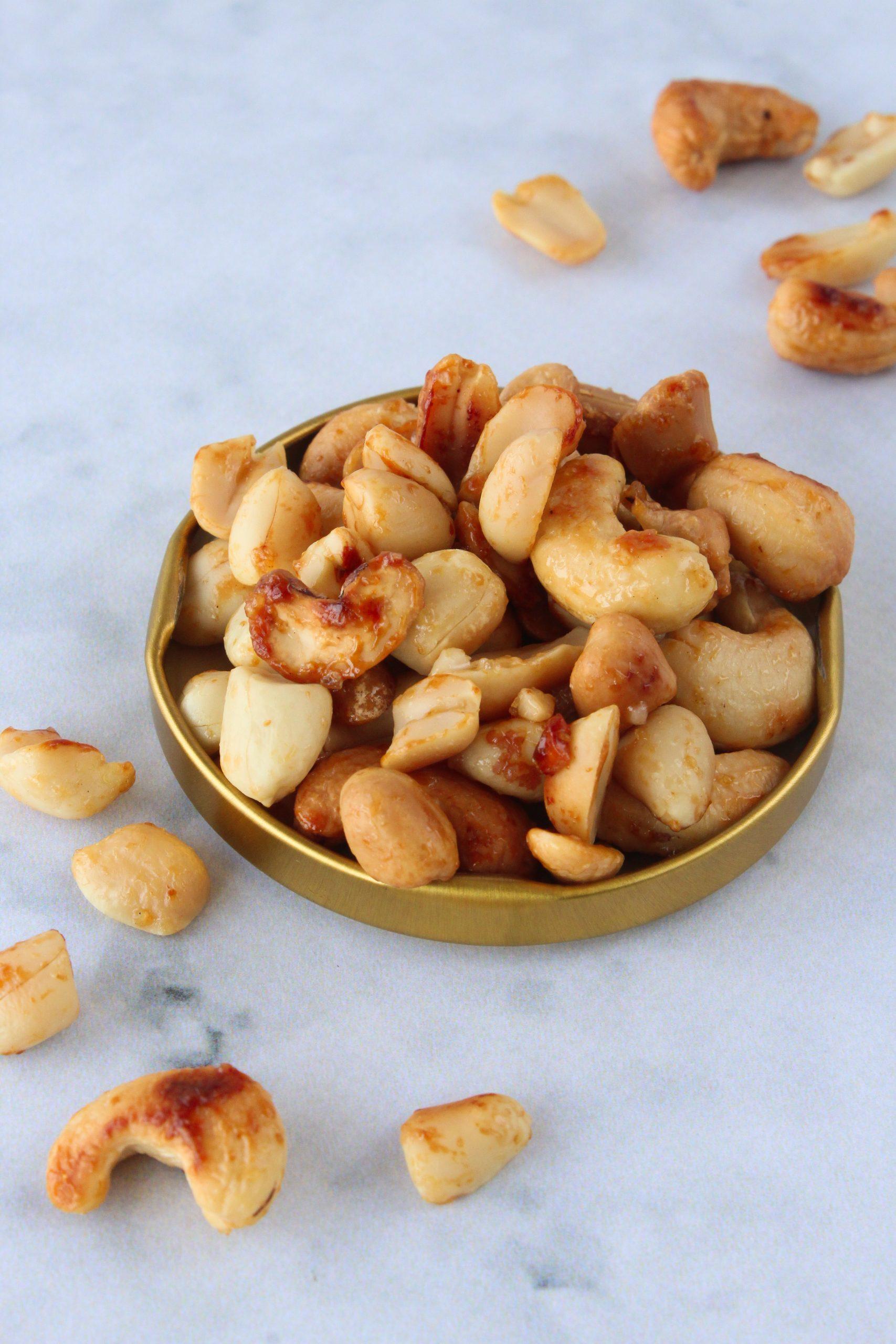 Cajus e amendoins caramelizados 3